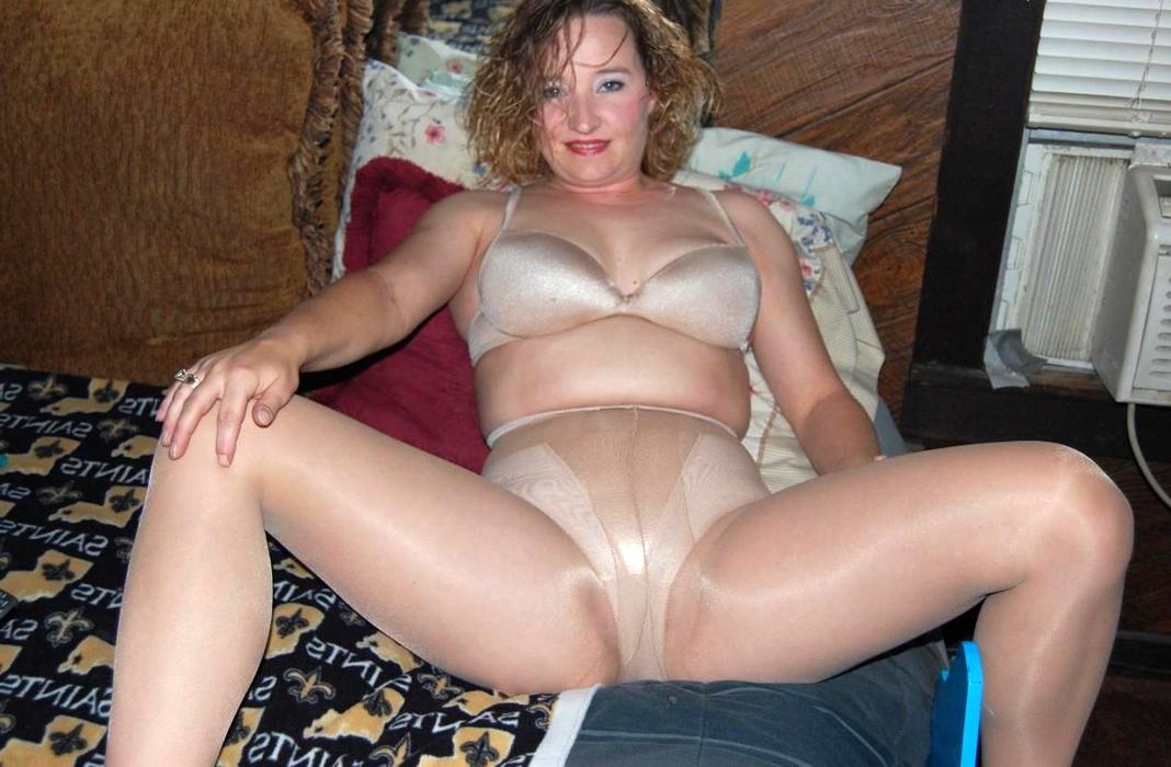 Woman In Pantyhose Porn