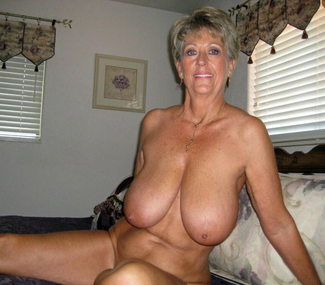 Mature foto porno Pizde goale