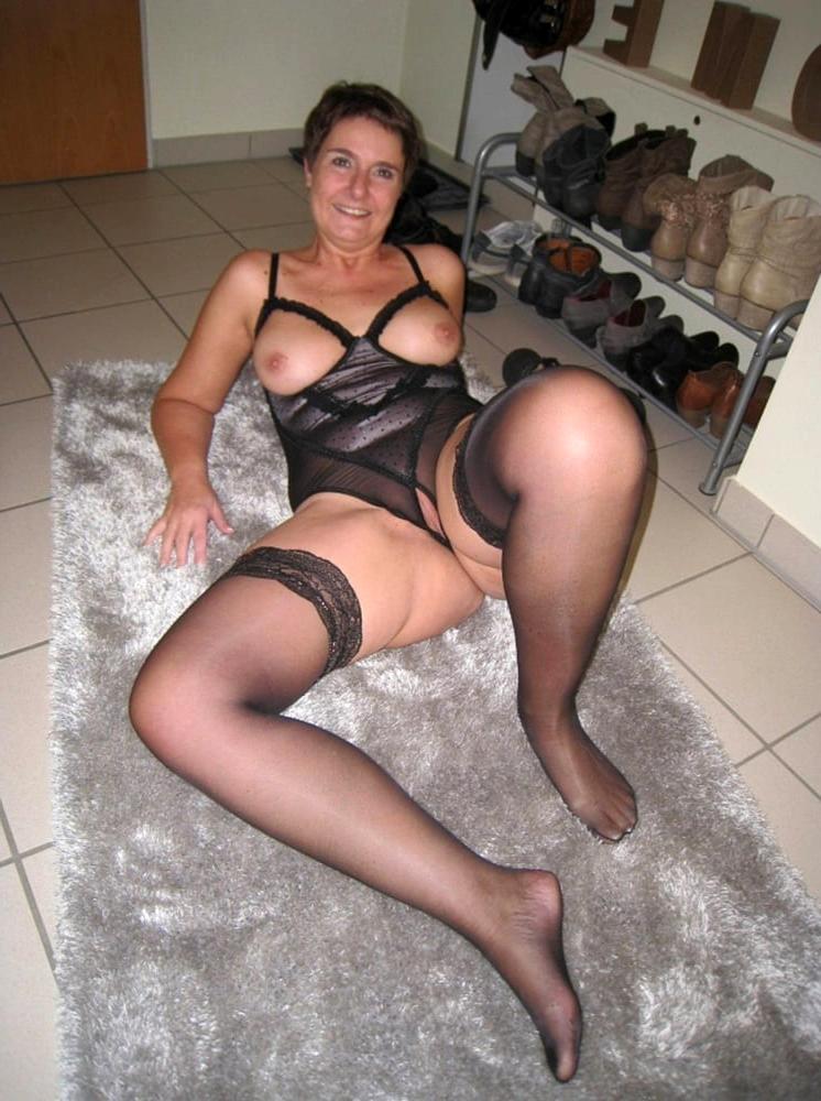 Amateur German Sharing Wife