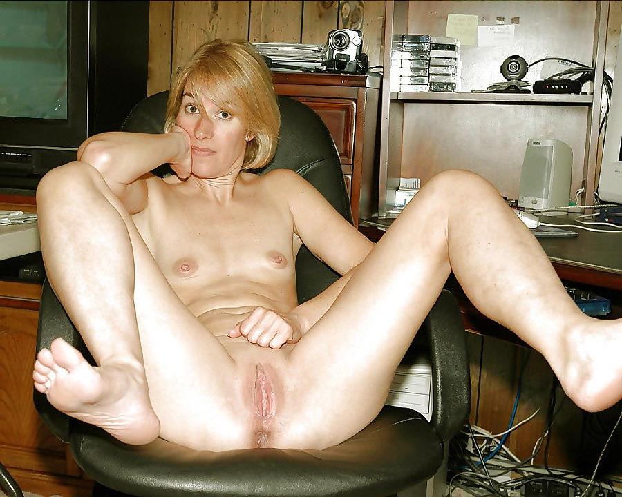 hot nude lesbian girls