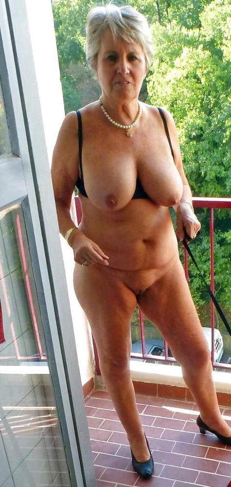 Nude sexy granny Granny Nude