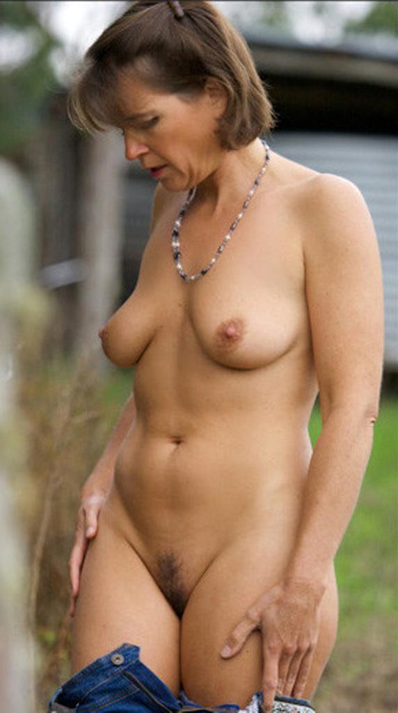 Old ladies nude Granny Pussy