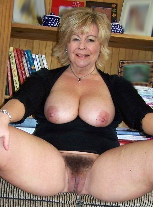 Old women horny Old Pussy