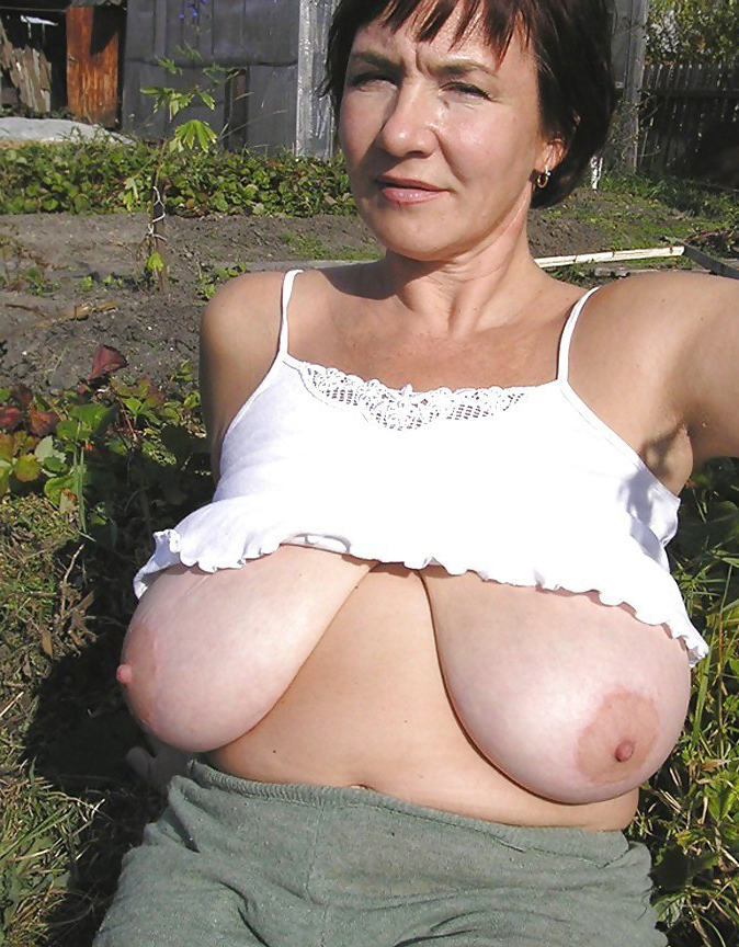 Pictures of my mom naked